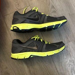 731236fe4e48 Nike Shoes - Men s Nike Downshifter 5 Running Shoe Size 11
